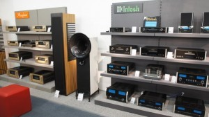 Accuphase und McIntosh